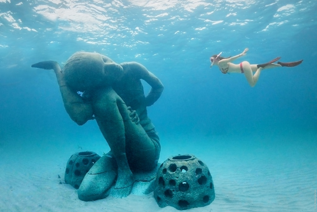 Atlas, world largest underwater statue on The Bahamas.